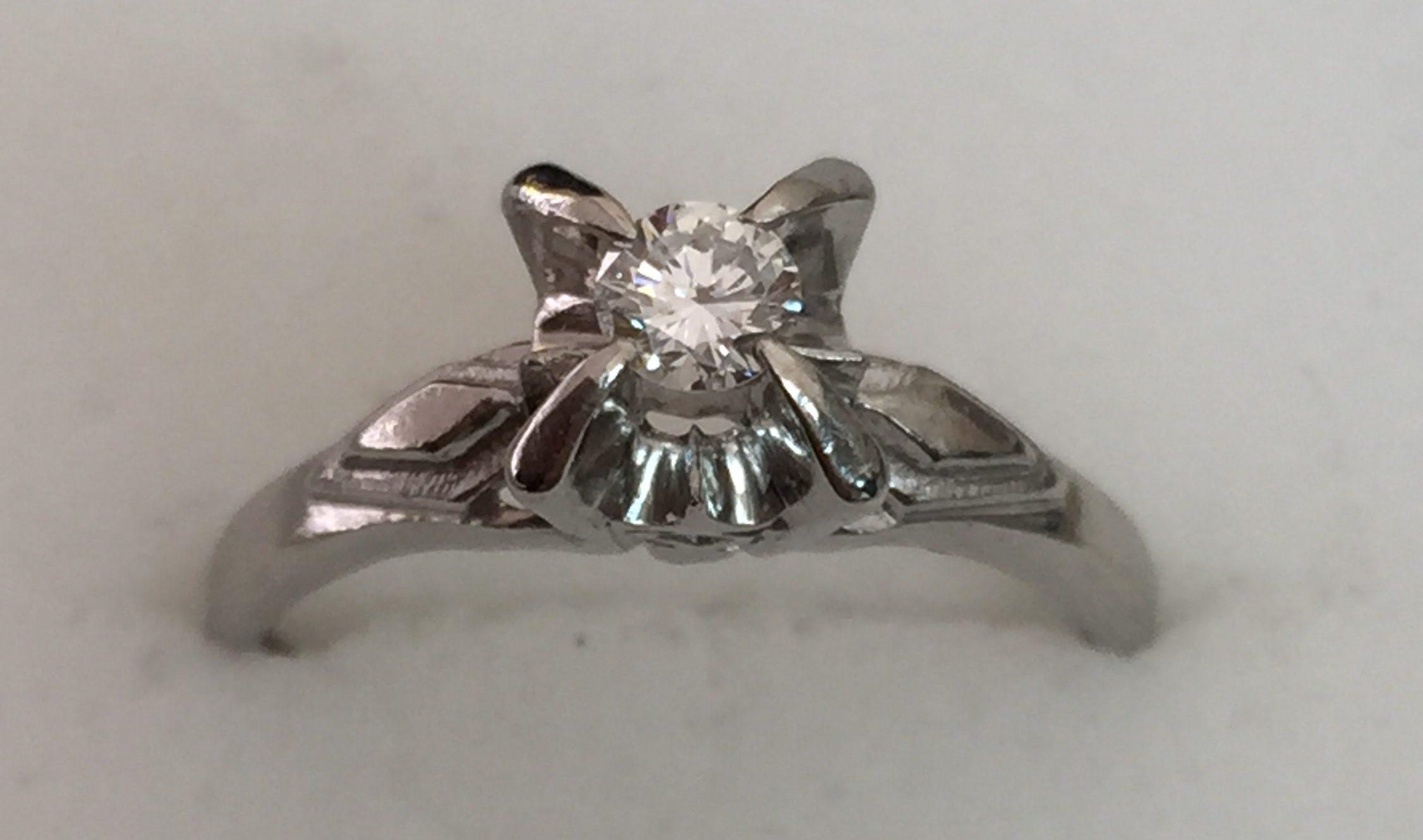 ダイヤモンド ダイヤ 指輪 プラチナ 貴金属