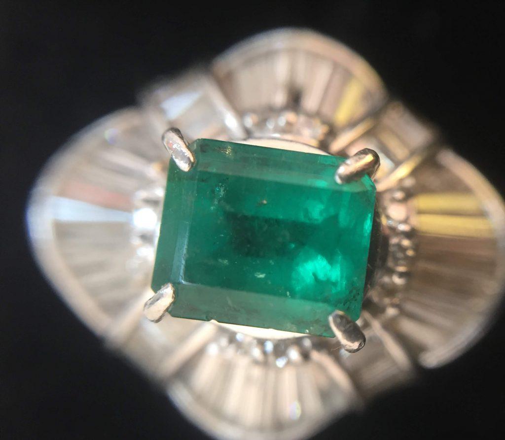 エメラルド付き指輪を買取致しました