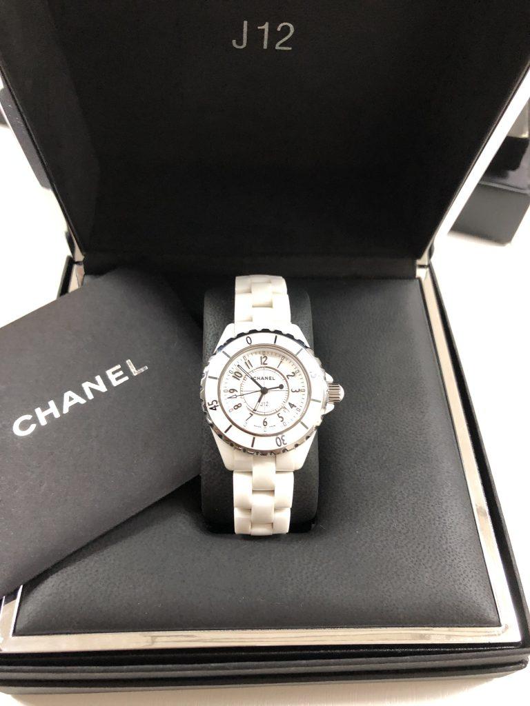 鹿児島市 CHANEL J12 セラミック時計を買取致しました